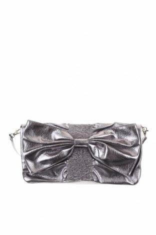 Γυναικεία τσάντα Charming Charlie, Χρώμα Ασημί, Δερματίνη, Τιμή 18,19€