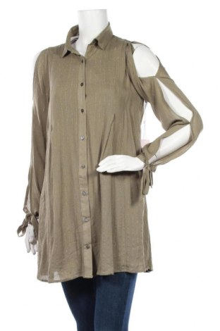 Дамска риза, Размер S, Цвят Зелен, 99% вискоза, 1% метални нишки, Цена 10,92лв.