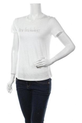 Дамска тениска Massimo Dutti, Размер S, Цвят Бял, 67% лиосел, 33% памук, Цена 15,68лв.