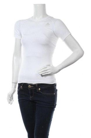Дамска тениска Odlo, Размер XS, Цвят Бял, 70% полиестер, 19% полиамид, 11% еластан, Цена 42,00лв.