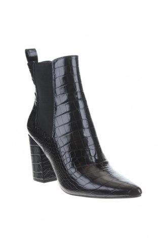 Γυναικεία μποτάκια Steve Madden, Μέγεθος 40, Χρώμα Μαύρο, Δερματίνη, Τιμή 26,93€