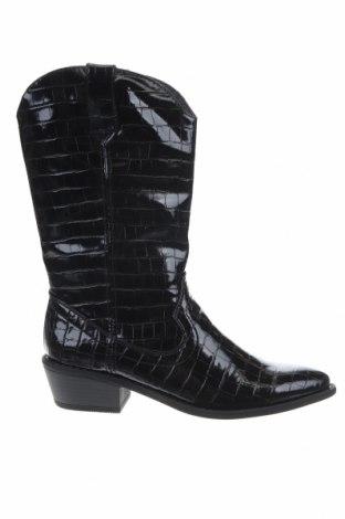 Дамски ботуши Madden Girl, Размер 38, Цвят Черен, Еко кожа, Цена 77,72лв.