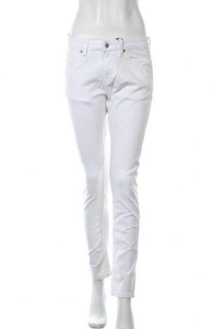 Дамски дънки Cubus, Размер M, Цвят Бял, 98% памук, 2% еластан, Цена 12,08лв.