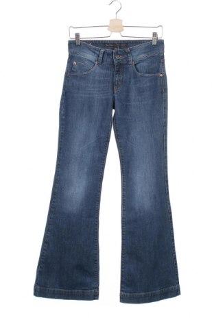 Дамски дънки Marc O'Polo, Размер S, Цвят Син, 98% памук, 2% еластан, Цена 29,92лв.