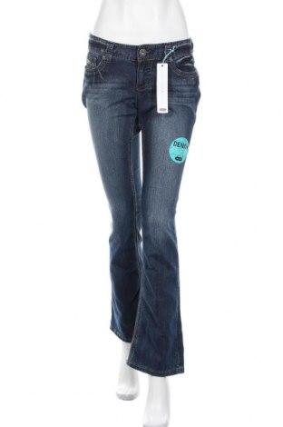 Дамски дънки Maurices, Размер M, Цвят Син, 75% памук, 23% полиестер, 2% еластан, Цена 19,06лв.