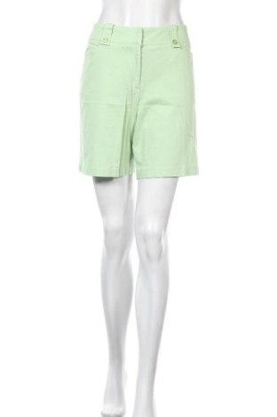 Γυναικείο κοντό παντελόνι Denver Hayes, Μέγεθος M, Χρώμα Πράσινο, 98% βαμβάκι, 2% ελαστάνη, Τιμή 4,32€