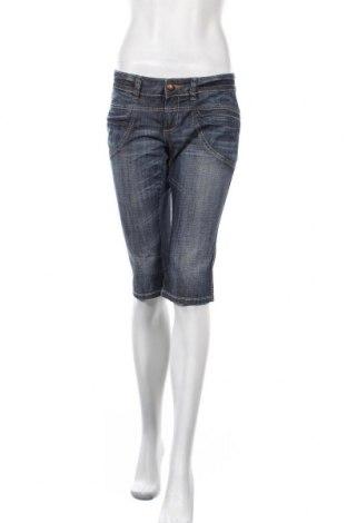 Дамски къс панталон Fishbone, Размер L, Цвят Син, 98% памук, 2% еластан, Цена 23,10лв.