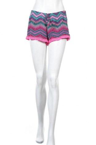 Γυναικείο κοντό παντελόνι Love To Lounge, Μέγεθος M, Χρώμα Πολύχρωμο, 64% πολυεστέρας, 32% βισκόζη, 4% ελαστάνη, Τιμή 10,72€