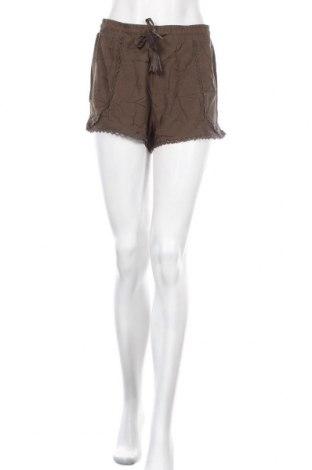 Γυναικείο κοντό παντελόνι Primark, Μέγεθος M, Χρώμα Πράσινο, Βισκόζη, Τιμή 4,09€