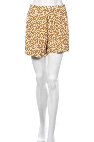 Γυναικείο κοντό παντελόνι Weekday, Μέγεθος L, Χρώμα Κίτρινο, Βισκόζη, Τιμή 7,60€