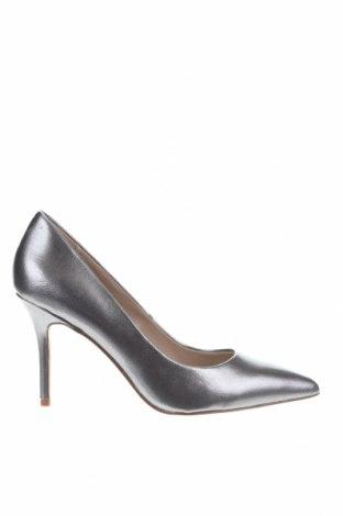 Дамски обувки Esprit, Размер 40, Цвят Сребрист, Еко кожа, Цена 36,57лв.
