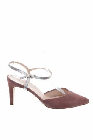 Дамски обувки Peter Kaiser, Размер 41, Цвят Пепел от рози, Естествен велур, Цена 91,60лв.