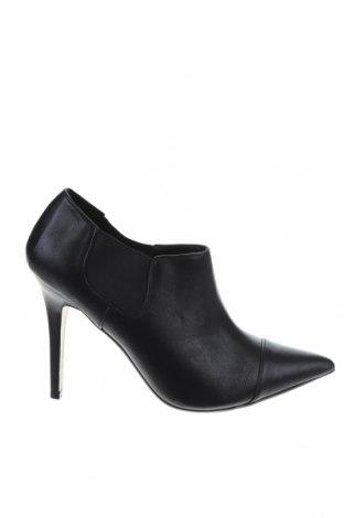 Γυναικεία παπούτσια Pull&Bear, Μέγεθος 39, Χρώμα Μαύρο, Δερματίνη, Τιμή 13,64€