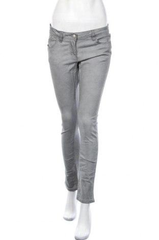 Дамски панталон, Размер M, Цвят Сив, 98% памук, 2% еластан, Цена 6,04лв.