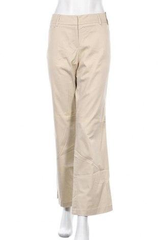 Дамски панталон New York & Company, Размер L, Цвят Бежов, 98% памук, 2% еластан, Цена 9,19лв.