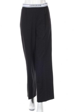 Дамски панталон Calvin Klein Jeans, Размер M, Цвят Черен, 63% полиестер, 33% вискоза, 4% еластан, Цена 103,95лв.