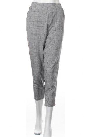 Дамски панталон Clockhouse, Размер L, Цвят Черен, 91% полиестер, 9% еластан, Цена 13,23лв.