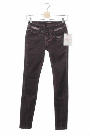 Дамски панталон Gang, Размер XS, Цвят Лилав, 60% лиосел, 38% памук, 2% еластан, Цена 39,75лв.