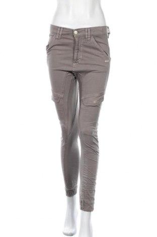 Дамски панталон Gang, Размер S, Цвят Сив, 97% памук, 3% еластан, Цена 12,72лв.