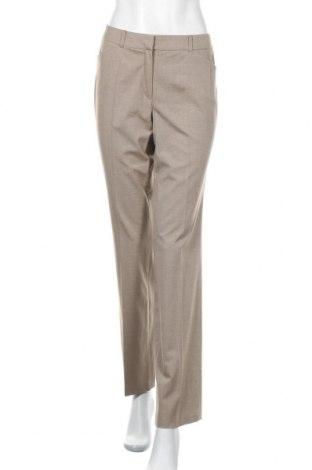 Дамски панталон S.Oliver, Размер M, Цвят Бежов, 49% полиестер, 49% вискоза, 2% еластан, Цена 6,30лв.