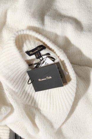 Γυναικείο πουλόβερ Massimo Dutti, Μέγεθος M, Χρώμα Εκρού, 37% πολυαμίδη, 26% μαλλί, 22% βισκόζη, 11%ακρυλικό, 3% κασμίρι, Τιμή 21,47€