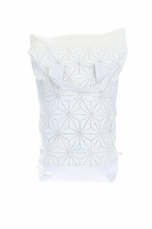 Раница Adidas, Цвят Бял, Полиуретан, текстил, Цена 48,00лв.