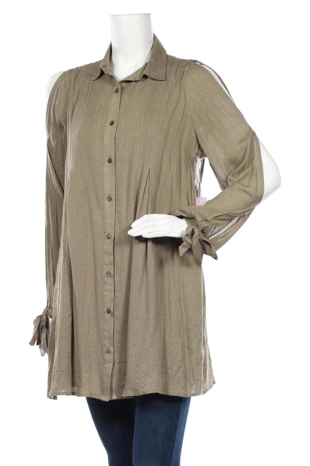 Дамска риза, Размер M, Цвят Зелен, 99% вискоза, 1% метални нишки, Цена 10,92лв.