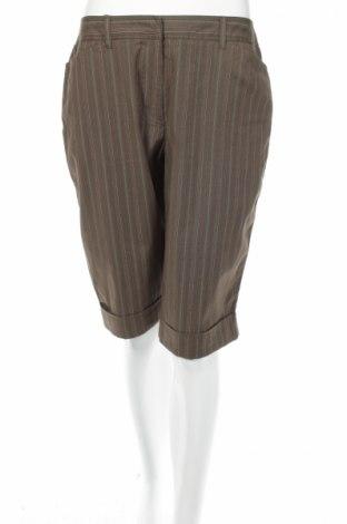 Дамски къс панталон A.N.A., Размер M, Цвят Зелен, 97% памук, 3% еластан, Цена 4,50лв.