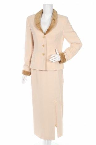 Дамски костюм Betty Barclay