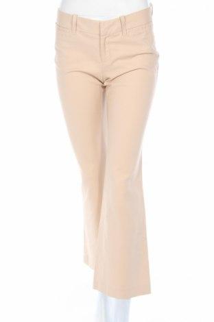 Дамски панталон Banana Republic, Размер S, Цвят Бежов, 98% памук, 2% еластан, Цена 9,20лв.