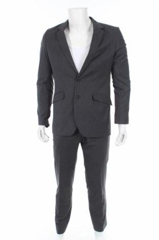 Costum de bărbați H&M
