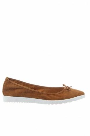 Γυναικεία παπούτσια Bata, Μέγεθος 40, Χρώμα Καφέ, Φυσικό σουέτ, Τιμή 18,40€