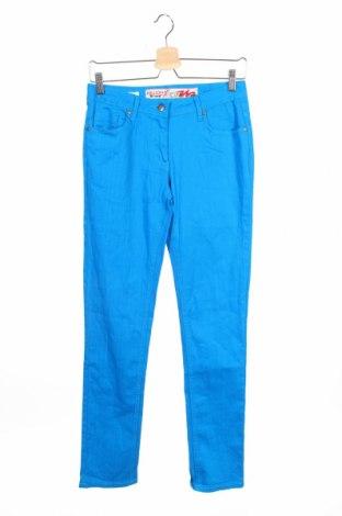Детски дънки Million X, Размер 14-15y/ 168-170 см, Цвят Син, 98% памук, 2% еластан, Цена 3,90лв.