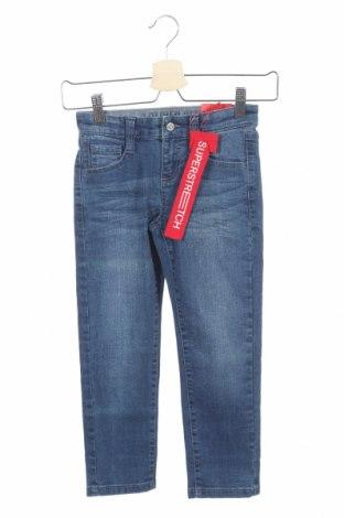 Dětské džíny  S.Oliver, Rozměr 4-5y/ 110-116 cm, Barva Modrá, 80% bavlna, 19% polyester, 1% elastan, Cena  268,00Kč