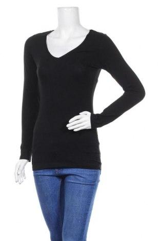 Дамска блуза Cotonella, Размер S, Цвят Черен, 95% памук, 5% еластан, Цена 15,96лв.