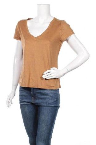 Дамска тениска Jacqueline De Yong, Размер S, Цвят Кафяв, 90% полиестер, 10% еластан, Цена 6,83лв.