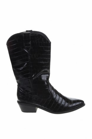 Дамски ботуши Madden Girl, Размер 40, Цвят Черен, Еко кожа, Цена 80,62лв.