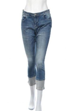 Дамски дънки, Размер XL, Цвят Син, 99% памук, 1% еластан, Цена 11,81лв.