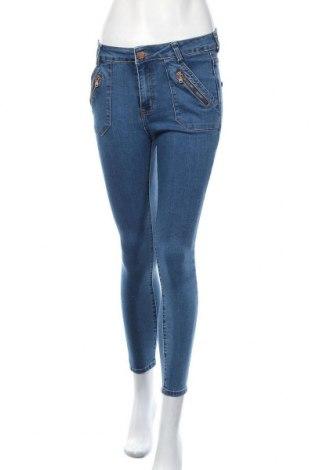 Дамски дънки, Размер XS, Цвят Син, 75% памук, 21% полиестер, 3% вискоза, 1% еластан, Цена 13,13лв.