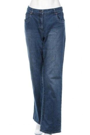 Дамски дънки Giada, Размер XL, Цвят Син, 98% памук, 2% еластан, Цена 13,23лв.