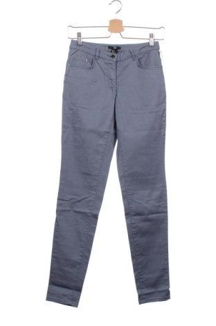 Дамски дънки H&M, Размер XS, Цвят Син, 98% памук, 2% еластан, Цена 29,00лв.