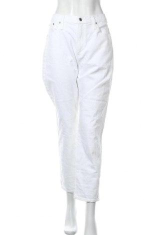Дамски дънки J.Crew, Размер XL, Цвят Бял, 99% памук, 1% еластан, Цена 17,64лв.