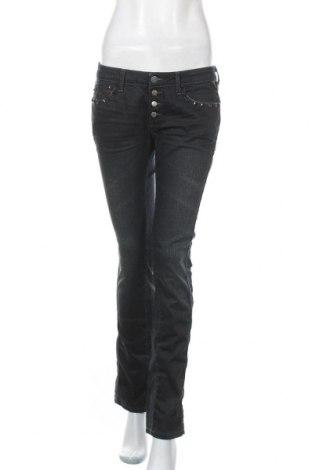 Дамски дънки Replay, Размер M, Цвят Черен, 98% памук, 2% еластан, Цена 25,20лв.