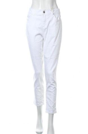 Дамски дънки Suzanne Grae, Размер M, Цвят Бял, 99% памук, 1% еластан, Цена 13,65лв.