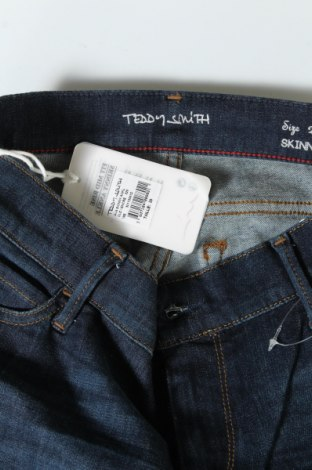 Дамски дънки Teddy Smith, Размер M, Цвят Син, 77% памук, 14% лиосел, 7% полиестер, 2% еластан, Цена 18,17лв.
