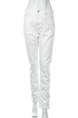 Дамски дънки Uniqlo, Размер L, Цвят Бял, 99% памук, 1% еластан, Цена 30,45лв.