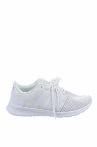 Дамски обувки Adidas, Размер 38, Цвят Бял, Текстил, Цена 89,25лв.