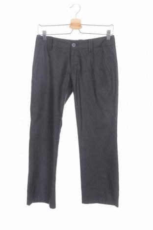 Дамски панталон Freeman T. Porter, Размер S, Цвят Сив, 65% полиестер, 35% вискоза, Цена 8,82лв.
