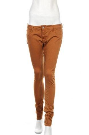 Дамски панталон Le Temps Des Cerises, Размер L, Цвят Кафяв, 97% памук, 3% еластан, Цена 10,82лв.