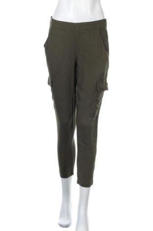 Дамски панталон Soho, Размер M, Цвят Зелен, Вискоза, Цена 26,04лв.